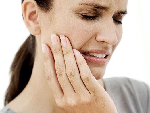 Может ли болеть зуб после чистки каналов и наложения временной пломбы
